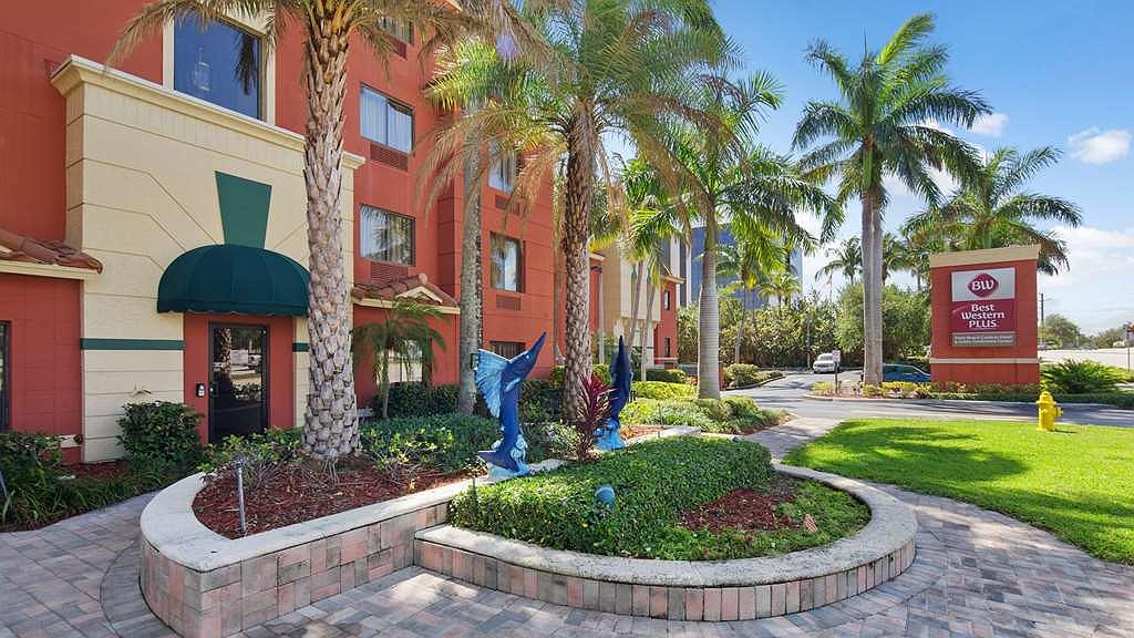 Best Western Plus Palm Beach Gardens Hotel & Suites and Conference Ct - Façade