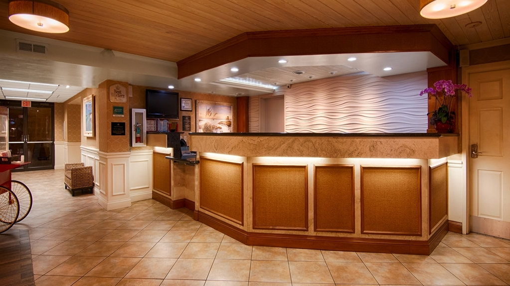 Best Western Plus Siesta Key Gateway - reception