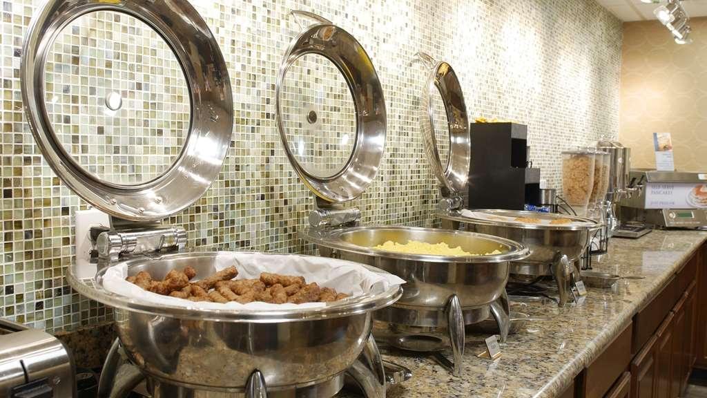 Best Western Plus Siesta Key Gateway - Breakfast Area