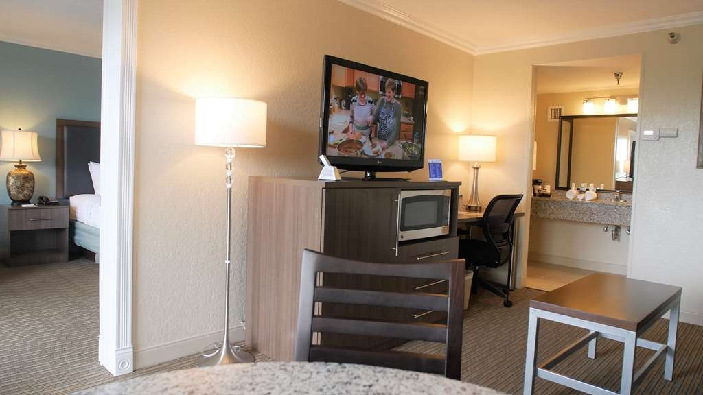 Best Western Plus Siesta Key Gateway - Suite