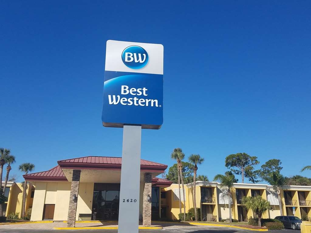 Best Western International Speedway Hotel - Facciata dell'albergo