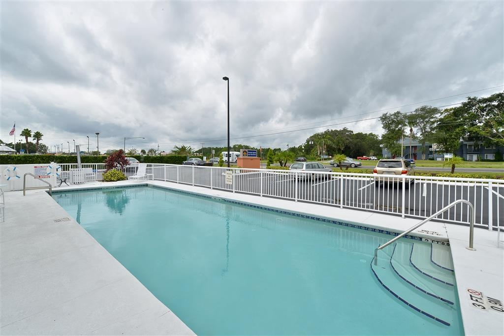 Best Western Plus Sanford Airport/Lake Mary Hotel - Vue de la piscine