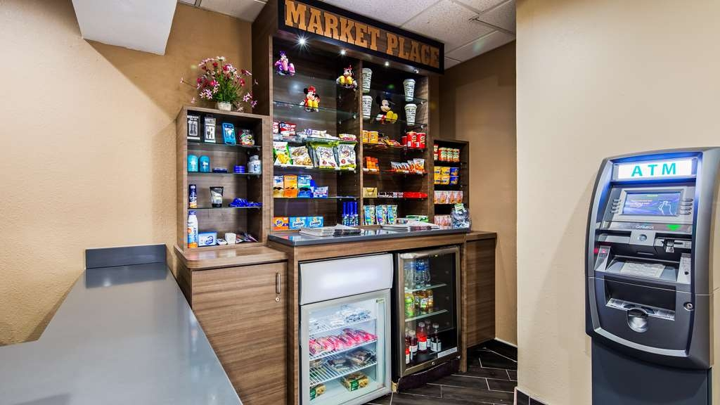 Best Western Plus Sanford Airport/Lake Mary Hotel - Market Place