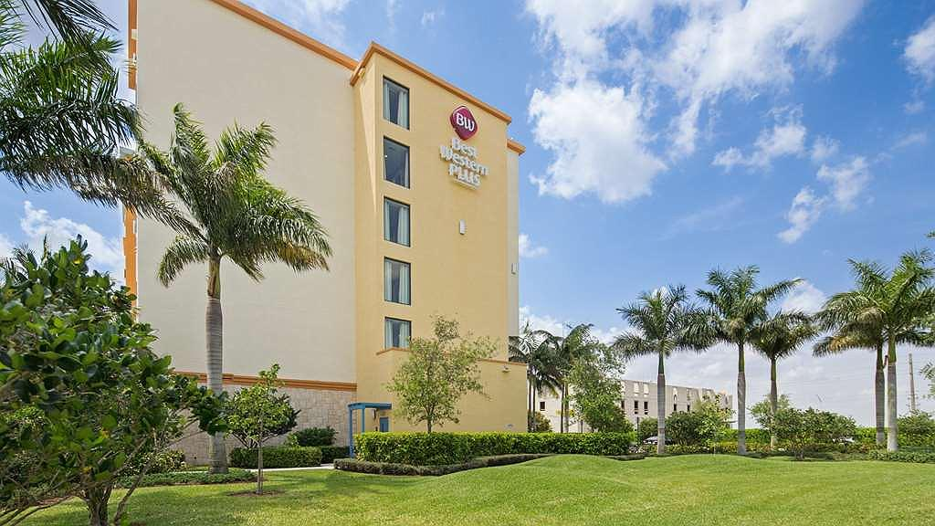 Best Western Plus Miami Executive Airport Hotel & Suites - Discover the best of Miami and enjoy your stay at the Best Western Plus Miami Executive Airport Hotel & Suites.