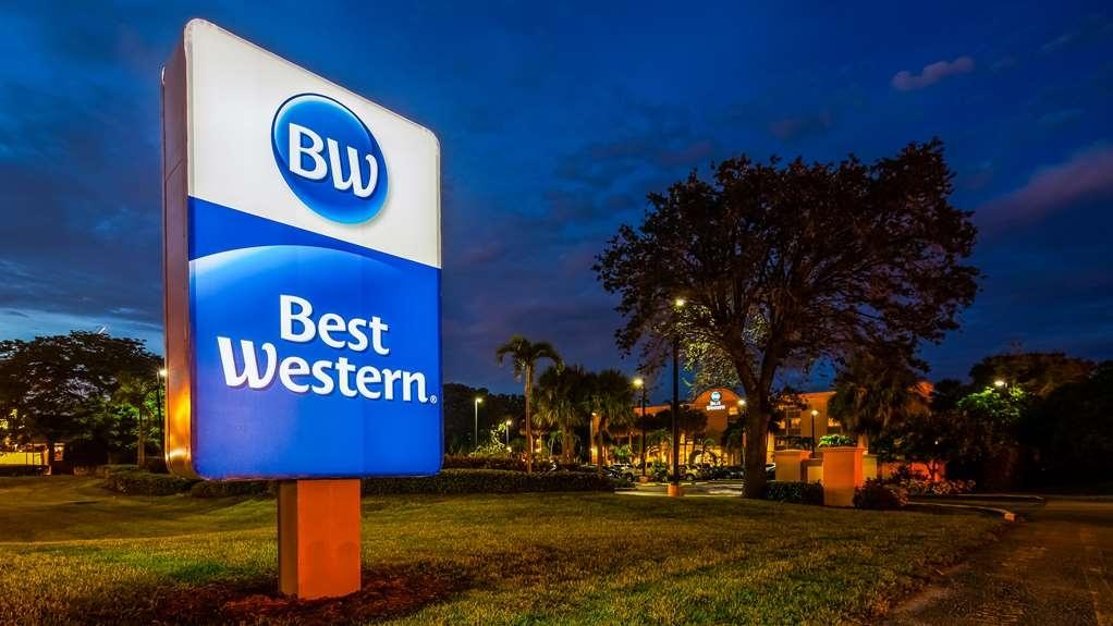 b7c1d92c0204cb Best Western Ft. Lauderdale I-95 Inn - Exterior