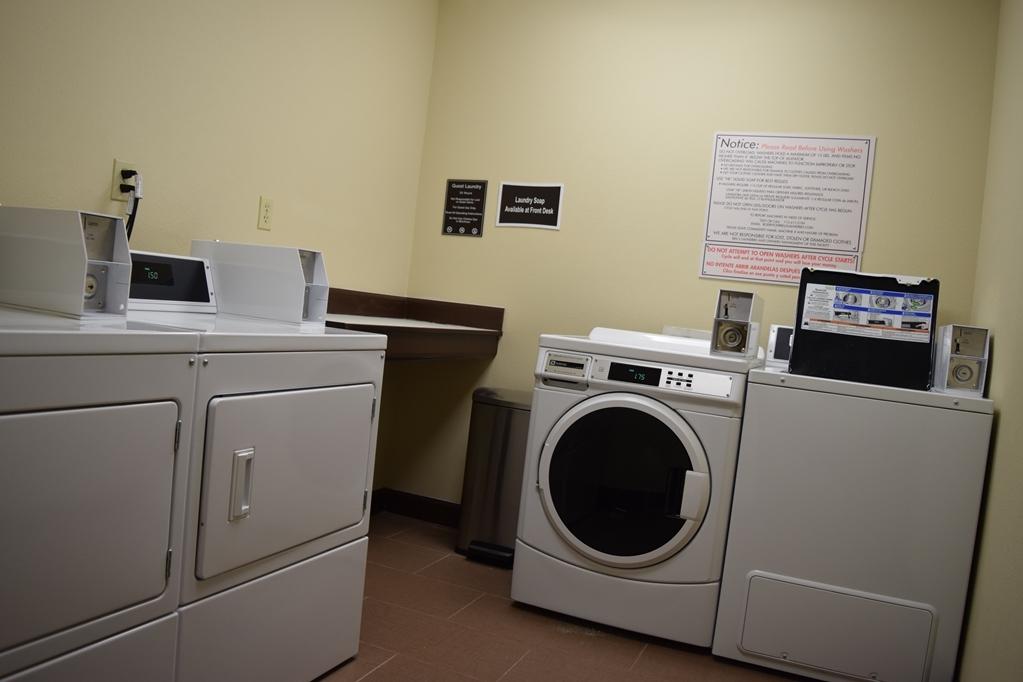 Best Western Sugar Sands Inn & Suites - Servicio de lavandería