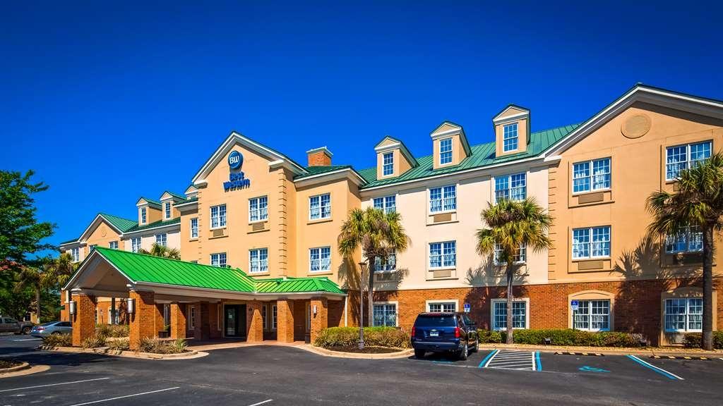 Best Western Sugar Sands Inn & Suites - Facciata dell'albergo