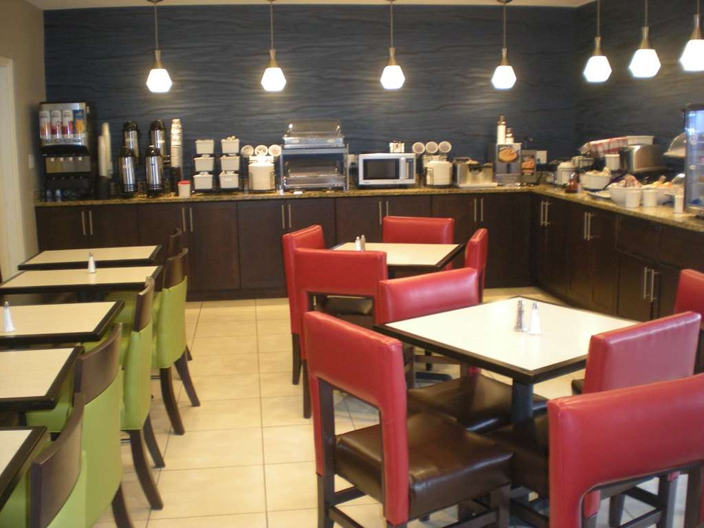 Best Western Daytona Inn Seabreeze Oceanfront - Frühstücksbuffet