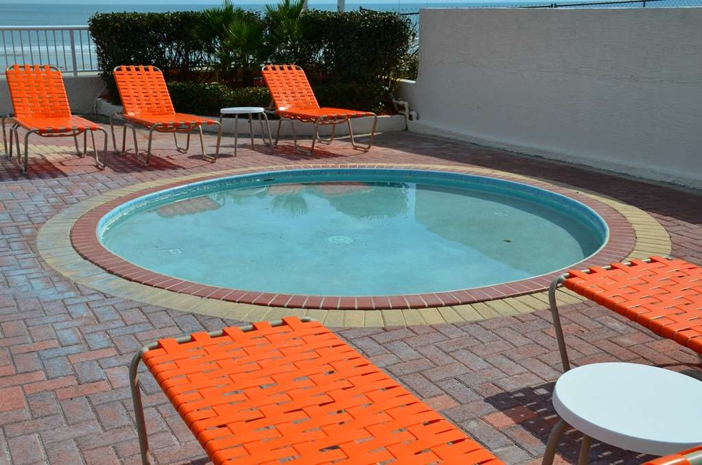 Best Western Daytona Inn Seabreeze Oceanfront - pool merkmal