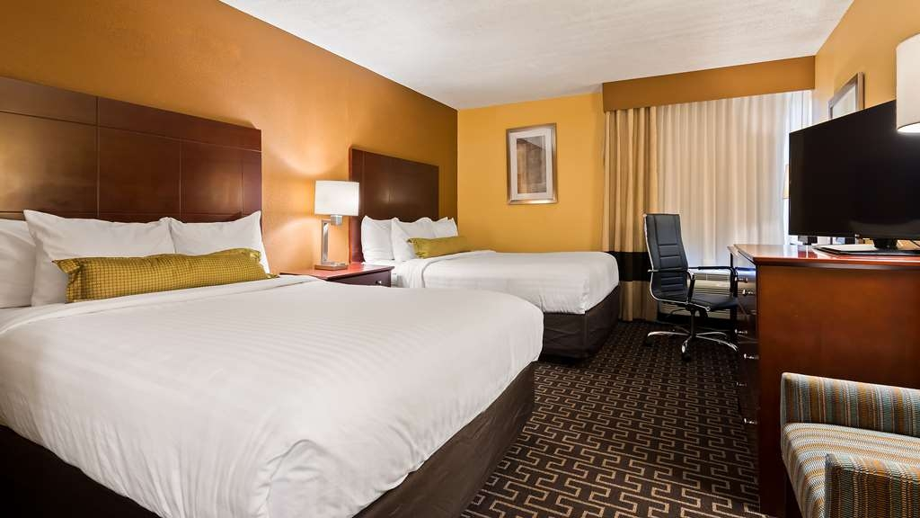Best Western Milton Inn - Two Queen Guest Room