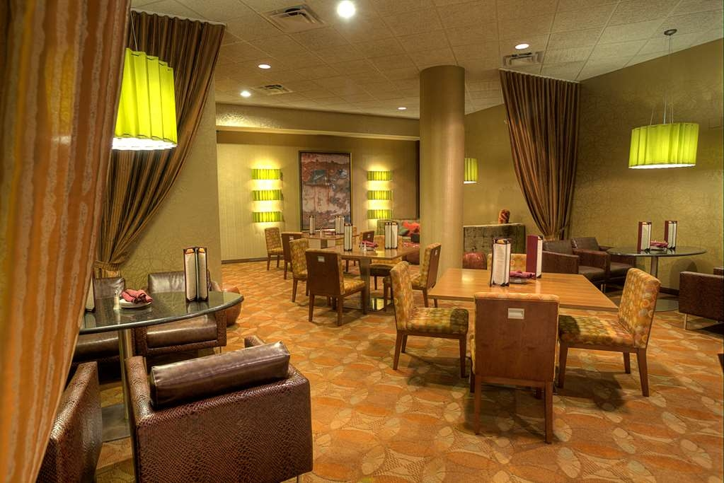 The Florida Hotel & Conference Center, BW Premier Collection - Crickets Bar & Grill