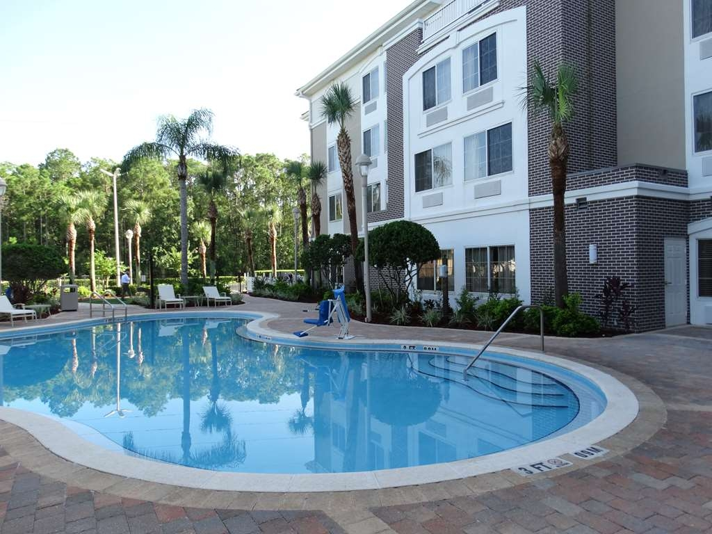 Best Western Plus Kissimmee-Lake Buena Vista South Inn & Suites - Poolansicht