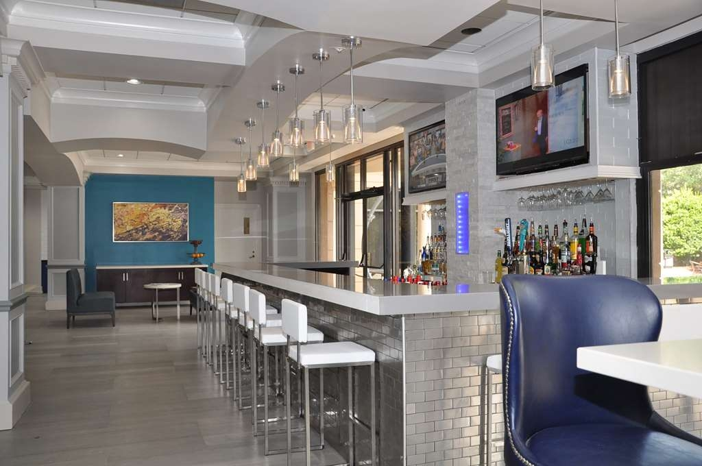 Best Western Premier Jacksonville Hotel - Bar / Lounge