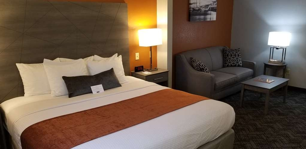 Best Western Plus St. Augustine I-95 - King Room with Sofabed