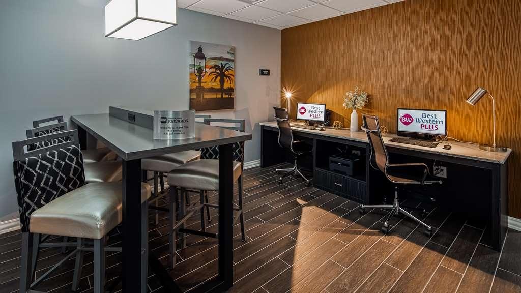 Best Western Plus St. Augustine I-95 - Business Center