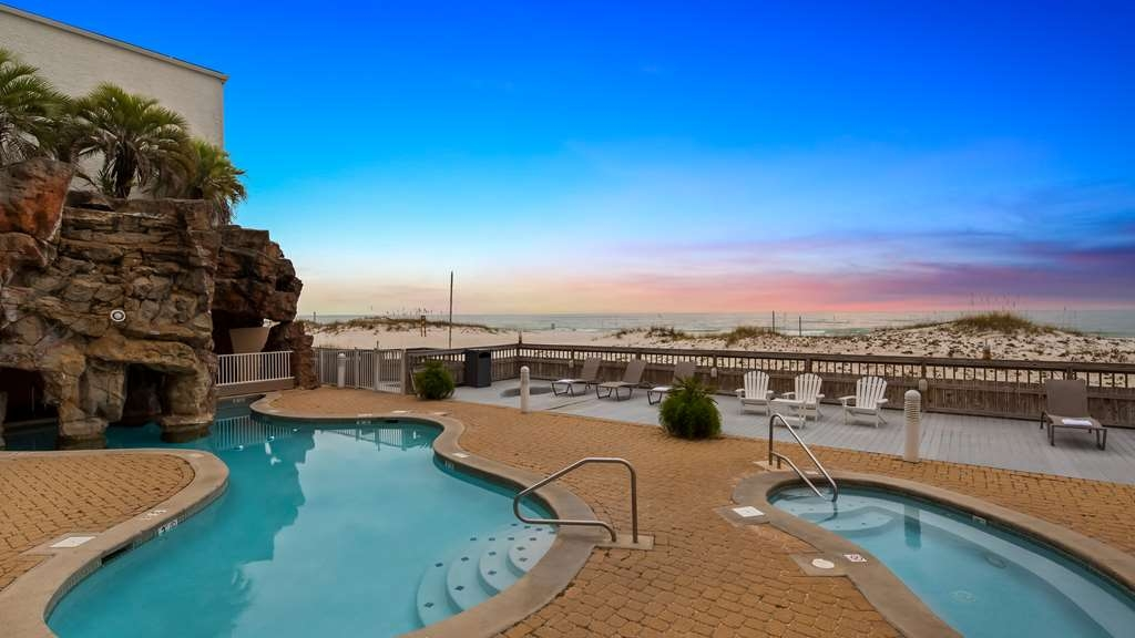 Best Western on the Beach - Outdoor Oceanfront Pool