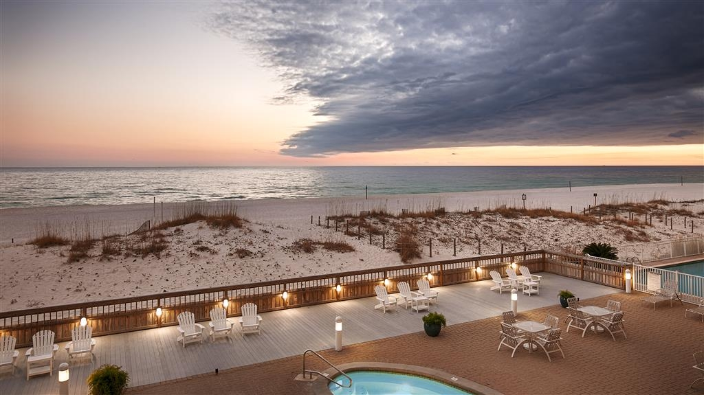 Best Western on the Beach - Our modern outdoor deck boasts multiple seating areas and unmatched views of the Gulf.