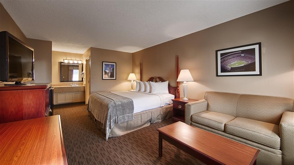 Best Western University Inn - King Bed Guest Room