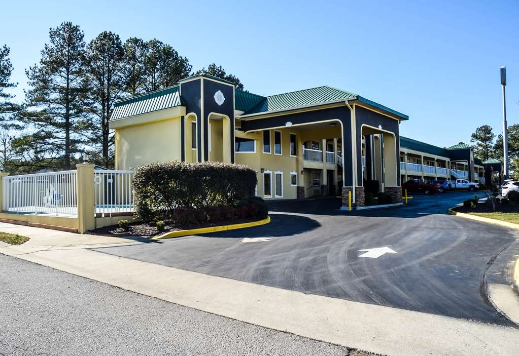Best Western Fairwinds Inn - Vista Exterior