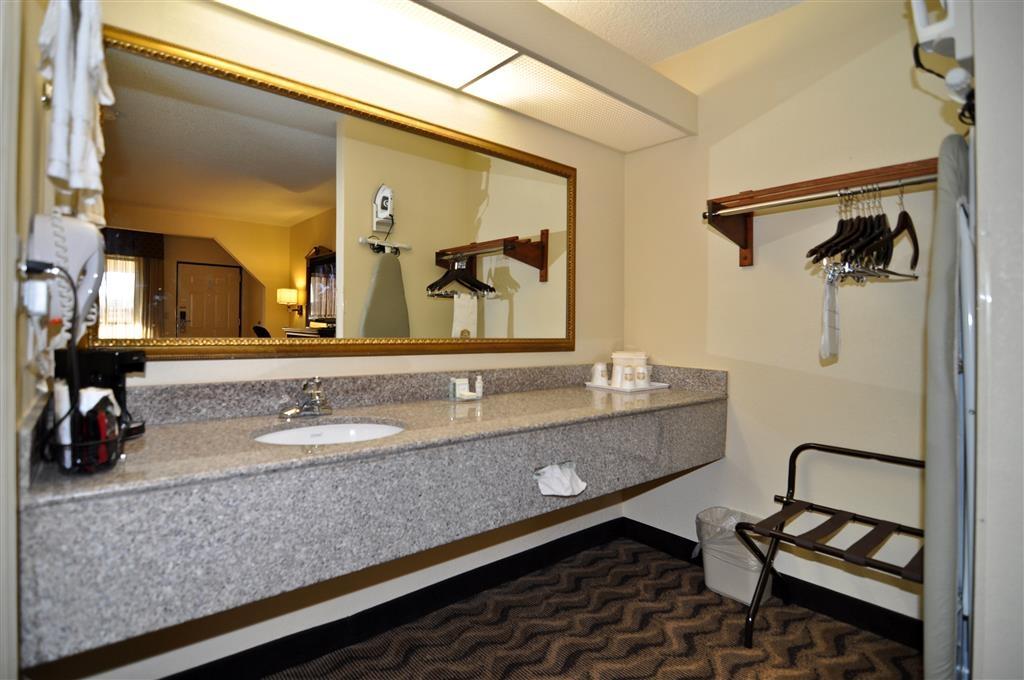 Best Western Andalusia Inn - Cuarto de baño de la habitación