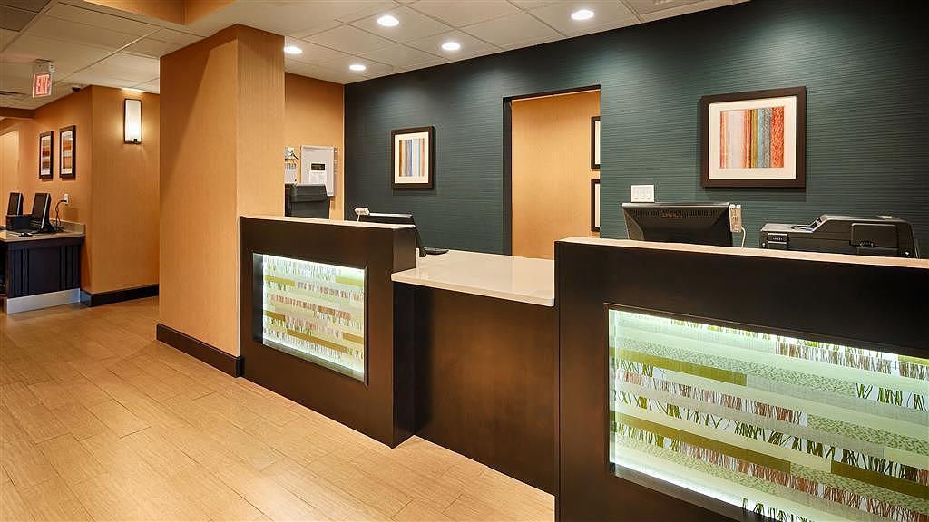 Best Western Plus Gadsden Hotel & Suites - Rezeption