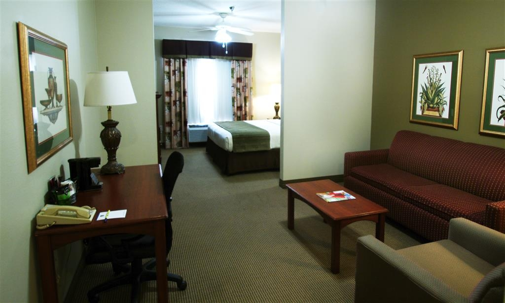 Best Western Plus Gadsden Hotel & Suites - Need to get your work done during your stay with us? We offer free high-speed internet in every guest room.