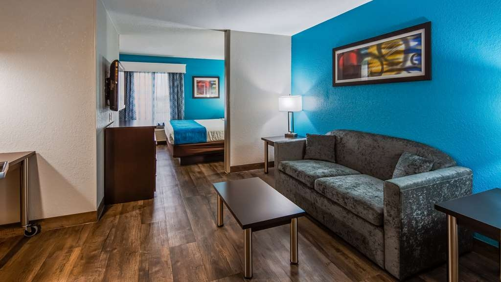 Best Western Plus Carlton Suites - Camere / sistemazione