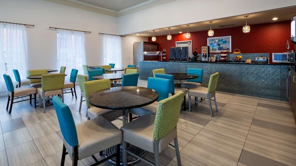 Best Western Plus Carlton Suites - Restaurant / Etablissement gastronomique