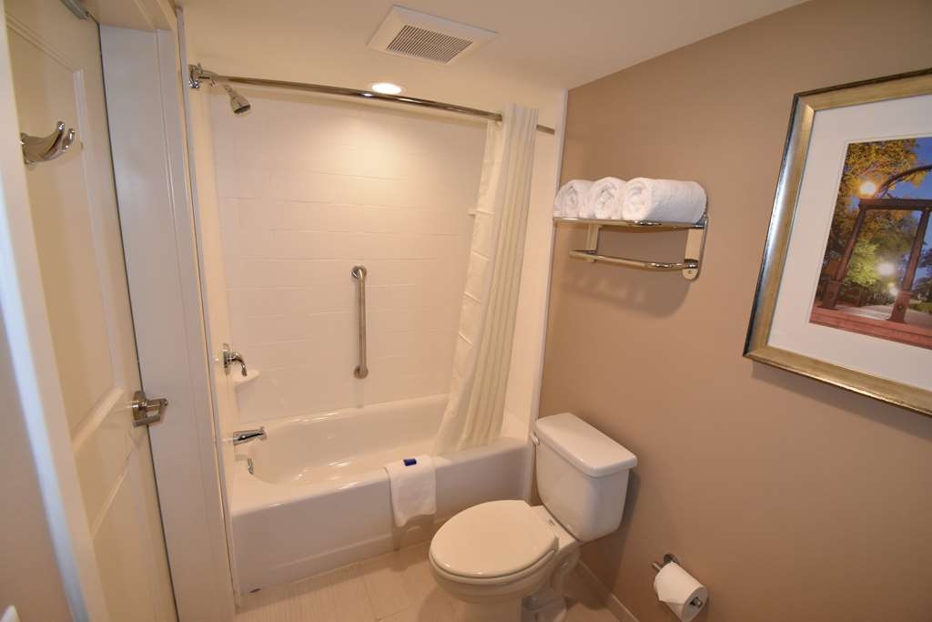 Best Western Athens - All interior corridor rooms feature grab-bars in shower.