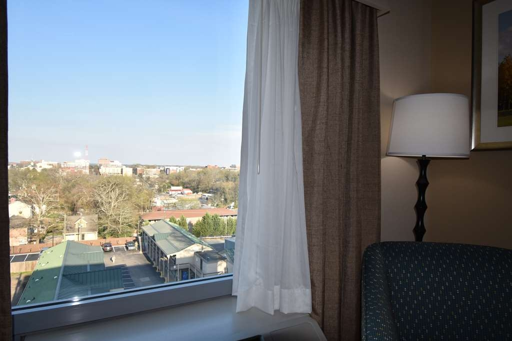 Best Western Athens - Located less than a mile from city-center