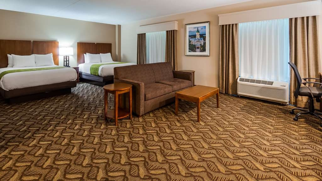 Best Western Athens - Spacious guest room that sleeps up to 6 guests!
