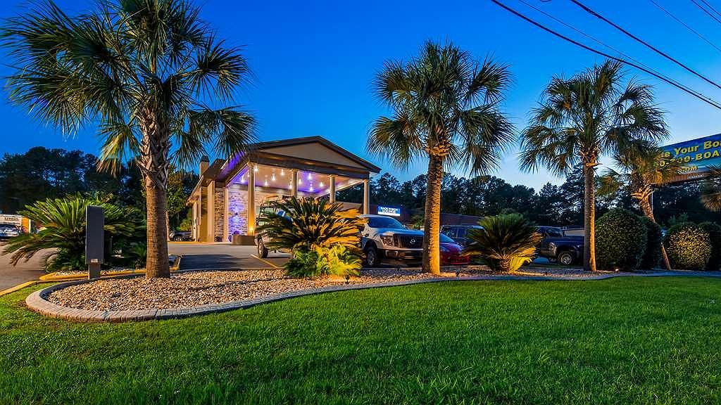 Best Western Riverside Inn - Vue extérieure