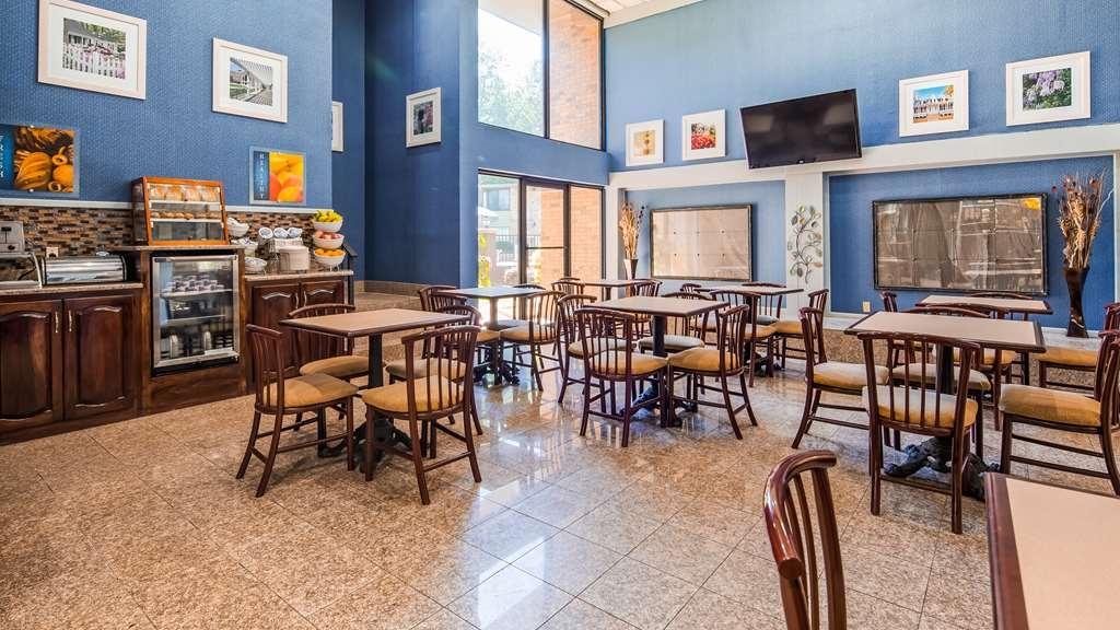 Best Western Riverside Inn - Breakfast Area