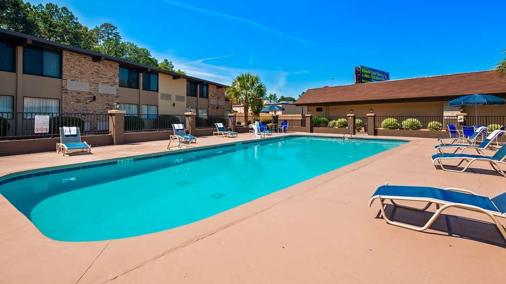 Best Western Riverside Inn - Piscina