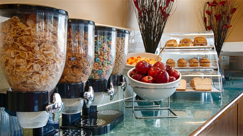 Best Western Acworth Inn - Le petit déjeuner buffet