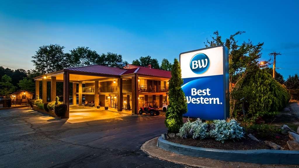 Best Western Braselton Inn - Facciata dell'albergo