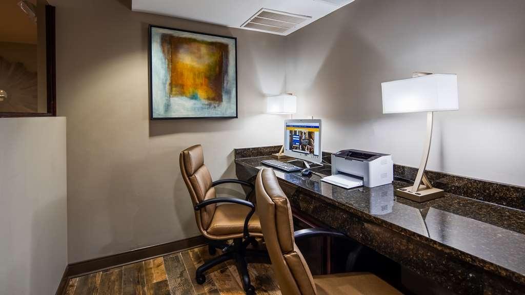 Best Western Shenandoah Inn - Business Center