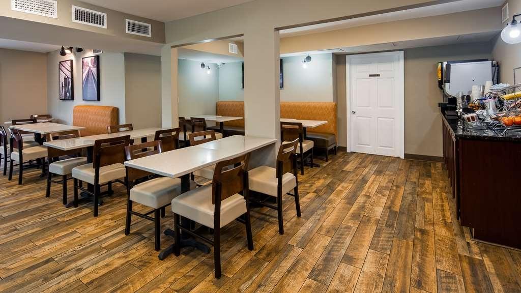 Best Western Shenandoah Inn - Breakfast Area