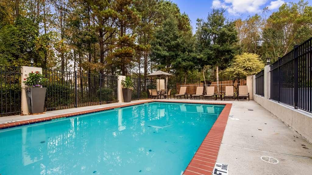 Best Western Shenandoah Inn - Outdoor Pool