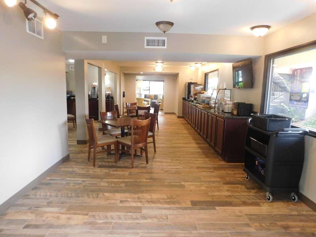 Best Western Shenandoah Inn - Area colazione