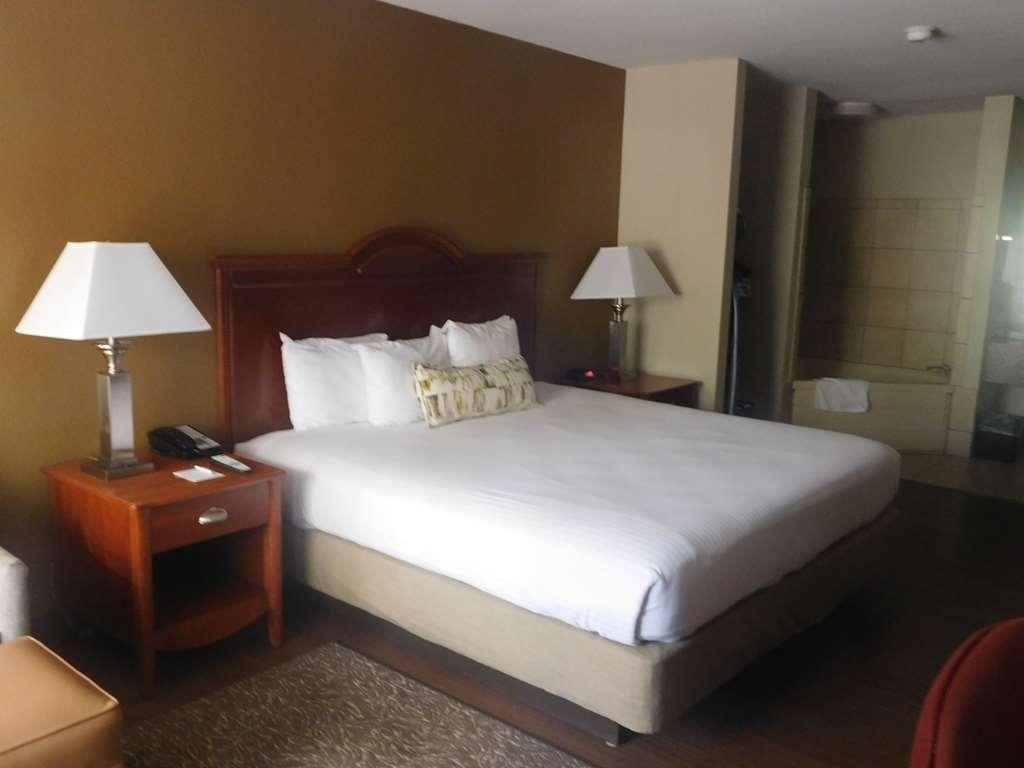 Best Western Shenandoah Inn - We ensure your stay at the BEST WESTERN Shenandoah Inn comfortable and convenient.