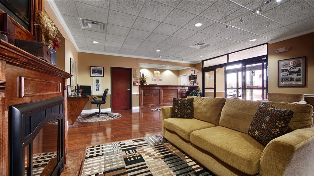 Best Western Opp Inn - Lobby