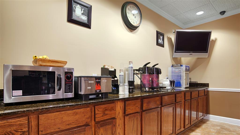 Best Western Opp Inn - Breakfast Area