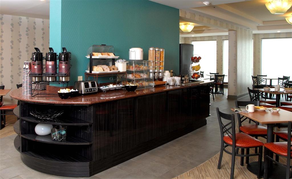 Best Western Plus Atlanta Airport-East - Zona de desayunos
