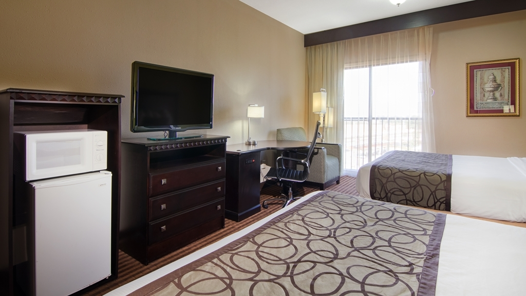 Best Western Plus Atlanta Airport-East - All guest rooms include a 37-inch flat screen TV, microwave, single serve coffee maker and refrigerator.