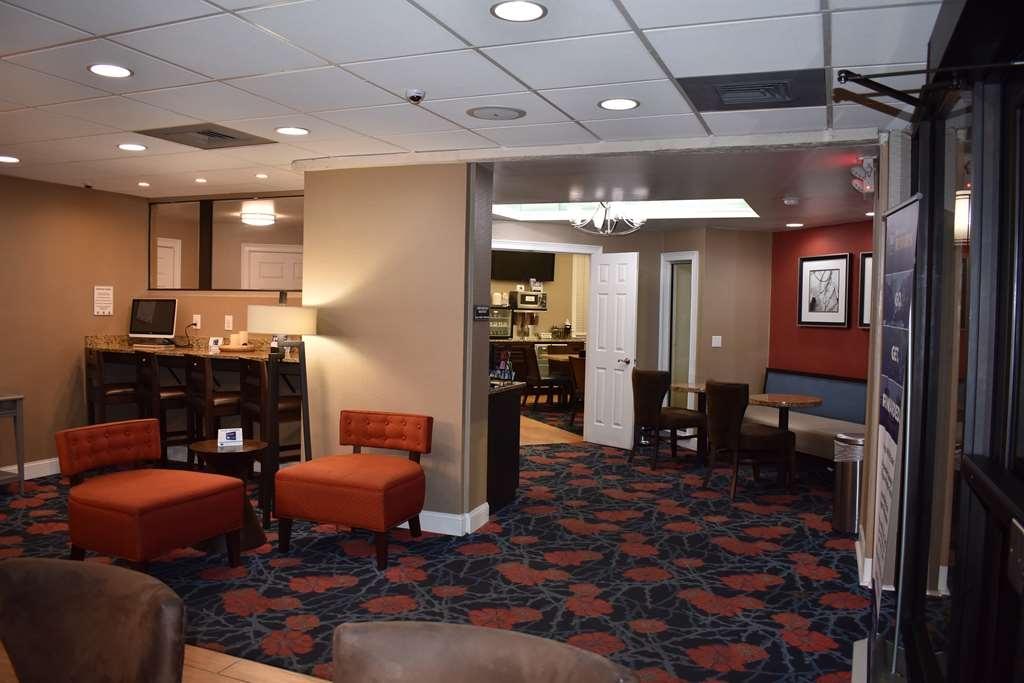 Best Western Southlake Inn - Lobby