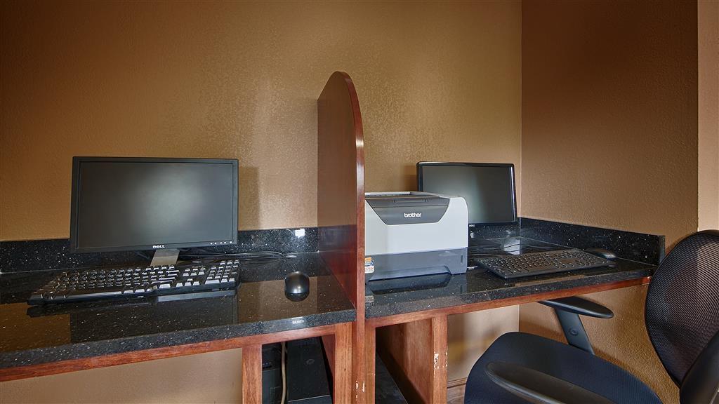 Best Western Inn & Suites of Macon - In unserem Business Center können Sie Ihre Reise planen, E-Mails senden oder im Internet surfen.