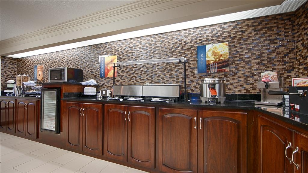 Best Western Inn & Suites of Macon - Auch wenn Sie in Eile sind, sollten Sie sich Zeit für die wichtigste Mahlzeit des Tages nehmen.