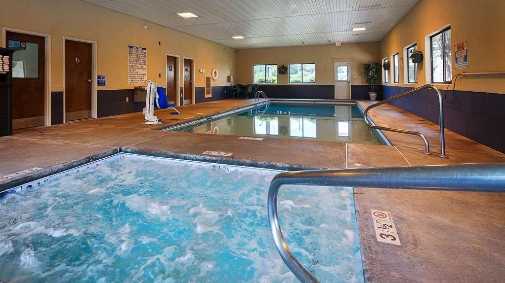 Best Western Inn & Suites of Macon - Indoor Pool