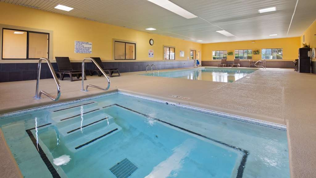 Best Western Inn & Suites - The indoor pool is perfect for swimming laps or taking a quick dip.